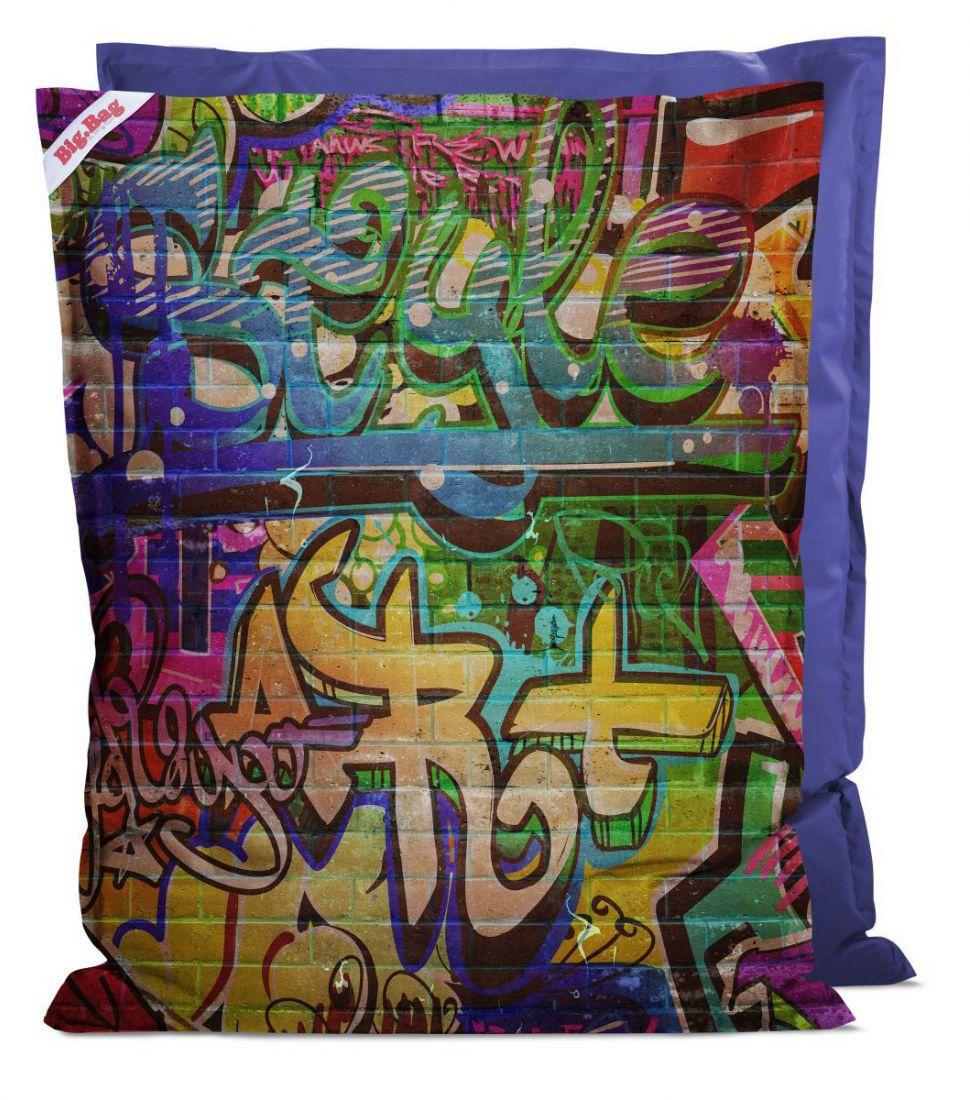 sitting point bigbag graffiti